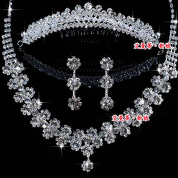 Wholesale Hotest Beautiful Crystal Tiaras Earrings Necklace Wedding Jewelry Set Bridal Accessories FFF