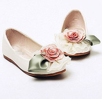 Wholesale Baby Girls Beige Lace Flower Elastic Antiskid Shoes Toddle Walker Shoes Baby Princess Shoes