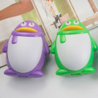 Wholesale Cartoon penguin qq universal qq universal mobile phone charger g