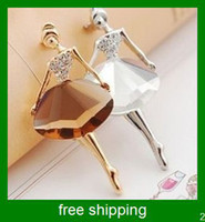 Wholesale the Ballet Girls temperament brooch
