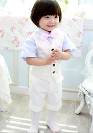 Wholesale HOT Boys Attire Classic white boy a boy the dress took the children wear suits boys short suits four sets of