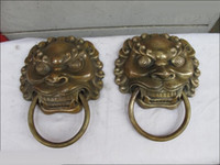 Wholesale china Copper Carved Foo Dog Lion Head Palace Guardian Door Knocker statue Pair