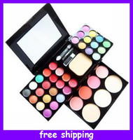 Wholesale Cosmetic compacts Makeup Palette eyeshadow lip glosses blusher pressed powder set