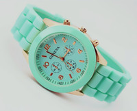Wholesale Xmas Gift Geneva Silicone Quartz Men Women Girl Unisex Jelly Wrist watch color