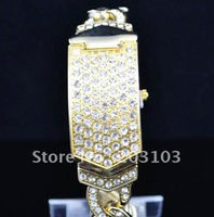 Wholesale Fashion Clamshell watch Crystal Diamond Wrist Watch Dress watch