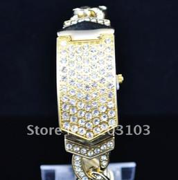 Wholesale Fashion Clamshell watch Crystal Diamond Wrist Watch Dress watch