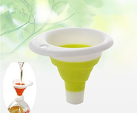 Wholesale Brand new piece Xmas gift Creative Kitchen Gadgets collapsible folding funnel water leakage