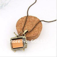 Wholesale Lovely Miniature TV Set Pendant Necklace Fashion Television Vintage Long Necklace Sweater Chains p