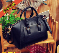 Wholesale Fashion shoulder bag Motorcycle bag vintage celebrity lady women handbag cross body shoulder bag