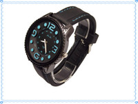 Wholesale 2013 fashion style watches wrist man watch competitive price