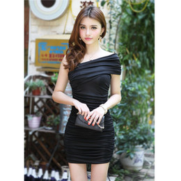 2017 Summer Bodycon Dress Hot fashion sexy women's dress plicated mini dress sexy backless party skirt club wear