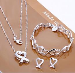 2017 boîtes à bijoux dames Vintage 925 Charms Coeur Argent Mesdames Collier Bracelet Stud Jewelry ensemble viennent avec la boîte boîtes à bijoux dames sur la vente