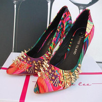 Wholesale 2013 European and American style women s shoes UK Tide brand graffiti Huabu personality rivet metal stiletto pointed