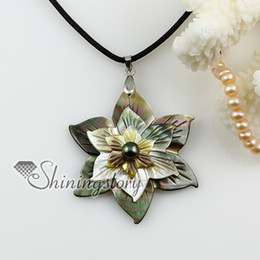 floral cameo abalone shell pendant shell casing jewelry abalone shell pendant mother of pearl jewelry handmade fashion jewlery