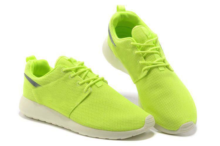what kind of shoes are roshes
