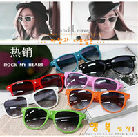 Wholesale 10PCS hot style beach sunglasses womens sunglasses mens sunglasses Unisex sunglasses