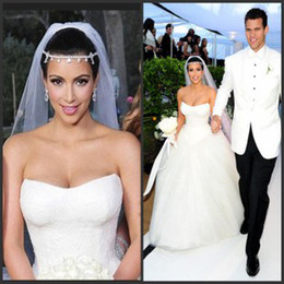 Wholesale Strapless Corset Kim kardashian Bridal Dresses Appliques Tulle Fluffy Ball Gown Wedding Dresses