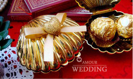 Wholesale 50Pcs Sweet Wedding Favors Candy Boxes Silver Gold Gift Boxes The Shell Desgin FFF