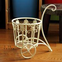 Wholesale Rustic american decoration iron frame dual handle single wrought iron basket home decoration iron
