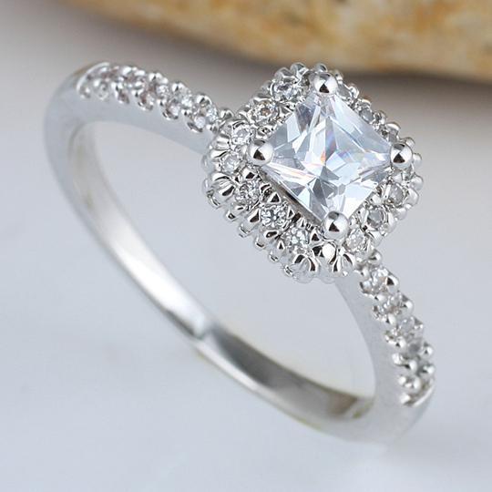 2017 Women Square White Topaz Finger Silver Ring Size 8