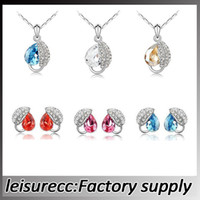 Wholesale Full of diamond crystal necklace Acacia leaf multicolor pendant