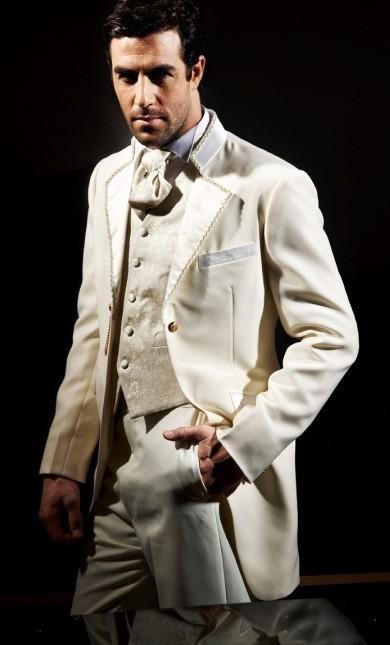 New Arrival Cream Groom Tuxedos Notch Lapel Groomsmen Men Wedding ...