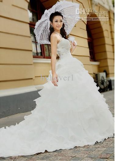 European Charming Style Of Romantic Wedding Dresses Clothing Lace ...