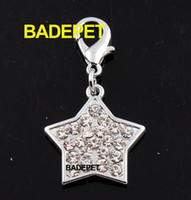 Wholesale Bling Clear Rhinestones Star Dog Pet Pendant Charm Pet Fashion Jewelry Dog Product Pet Accessory