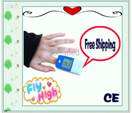 Wholesale LCD display Finger Pulse Oximeter CMS50B CE Approved Manufacturer gift box machine sling