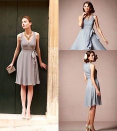 Wholesale ZBD Romantic Wingspan V Neck Knee Length Grey Bridesmaid Dresses