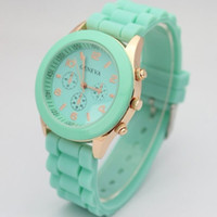 Wholesale Christmas of the shadow Geneva Popular Watch Silicone Quartz wristwatch Men Women Girl Unisex geneva Jelly Wrist Watch Utop2012