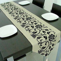 Wholesale Flocking Damask Table Runner Cloth Wedding Decoration Table Runner