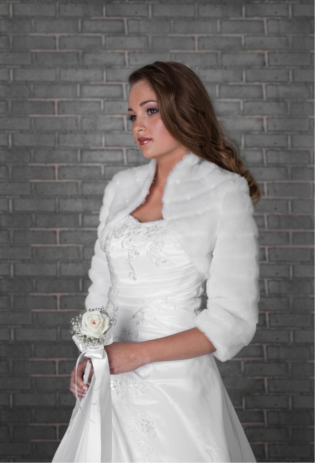 2017 wedding average size ivory faux fur shrug bridal for Fur shrug for wedding dress