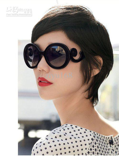 New Women Lunettes de soleil Retro-inspired Butterfly Clouds Arms Transparent Ro
