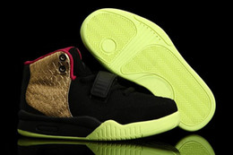 Wholesale Children Basketball Shoes Airyeezy2 Sport Shoes Boys Athletic Sneaker Shoes Gold Black C Y