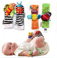 Wholesale lamaze wrist rattle foot finder baby toy foot sock Infant Plush toys