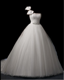 Wholesale Factory price Best style Custom Made Strapless Sexy Wedding Dresses Ball Gown Wedding Gown Dress
