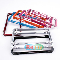 Wholesale Inexpensive Metal Bumper Frame Cover Cases Baking Process Convenience Package For iPhone refly