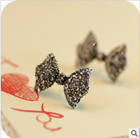 Wholesale Cute Bowknot Bow Tie Stud Earrings Delicate Full Diamond Black Bowknot Earrings pair WL