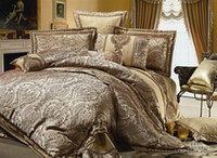 Wholesale Satin silk floss jacquard set bedding cotton golden king queen size bedspread bed in a bag