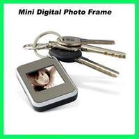 1.5 inch Key chain Metal Hot Sale Mini Digital Photo Frame 1.5 inch LCD Display with Keychain Gift Box Packing from Kianorist