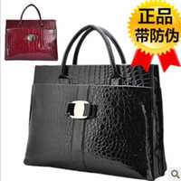 Wholesale new fashion PU Shiny black patent leather handbag crocodile red black handba
