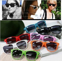 Wholesale Hot sale Colors Fashion Sunglasses Men Women Sun Glasses Brand Designer Sunglasses Sport