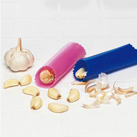 Wholesale 50pcs All new Design Easy Roll Garlic Peeler Cloves Skin Peeling Tool Worldwide