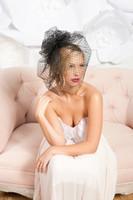 al por mayor velos de novia de puntos-Vintage Negro Una capa con Blusher Polka Dot Tulles Velos Velo de boda Velo nupcial corto