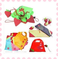 Wholesale Cute Strawberry Foldable Reusable Tote Shopping Bags Nylon Shoudrer Bag Gifts