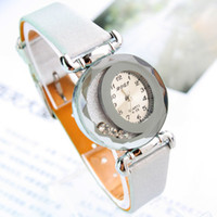 Wholesale New design luxury ladies fashion Wristwatches quartz watch women best gift