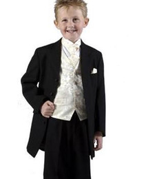 Wholesale New Boys Attire Boy Wedding Suit kid suits Groom wear formal wear Complete Designer Tuxedos AAA013