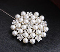 Wholesale New Multi beads Pearl Pin Brooch Bridesmaid Girl Clear Rhinestone Petal Flower Corsage For Wedding