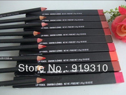 Wholesale new CRAYON A LEVRES lip pencil lippencil lip liner G mix colors